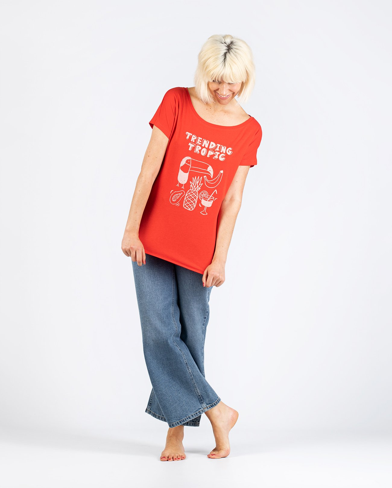 Camiseta Trending Tropic